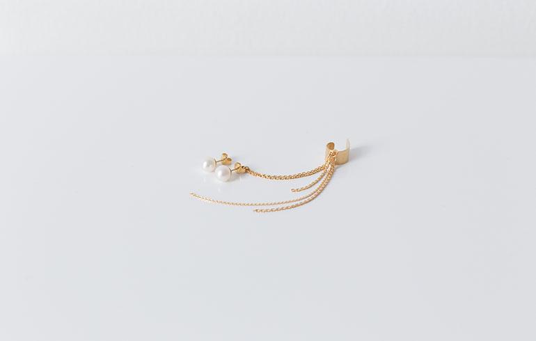 Pearls Earcuff Gold