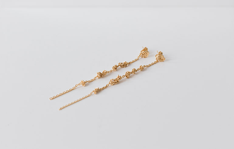 Knots Earrings Gold