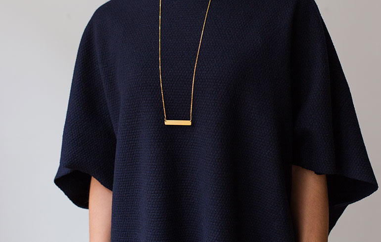 Transverse Necklace Gold