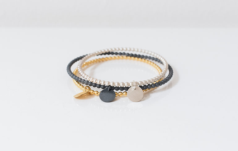 Black-Gold-Silver-06