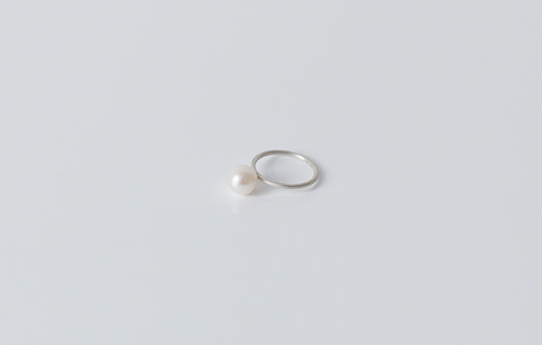 Pearls Ring Single Silver
