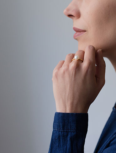 Pearls Ring Single Gold